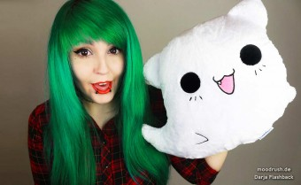 ghost cat pillow cute scene girl green gruene haare hair colored gril